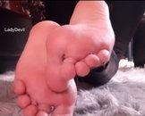 Los bete meine Fußsohlen an!